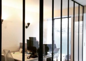 Création de bureaux avec des cloisons vitrées 2